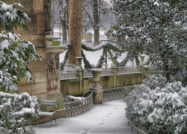 ехать в Париж зимой самостоятельно