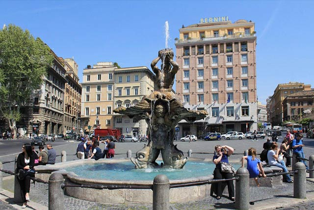 Что посмотреть в Риме самостоятельно - площадь Барберини