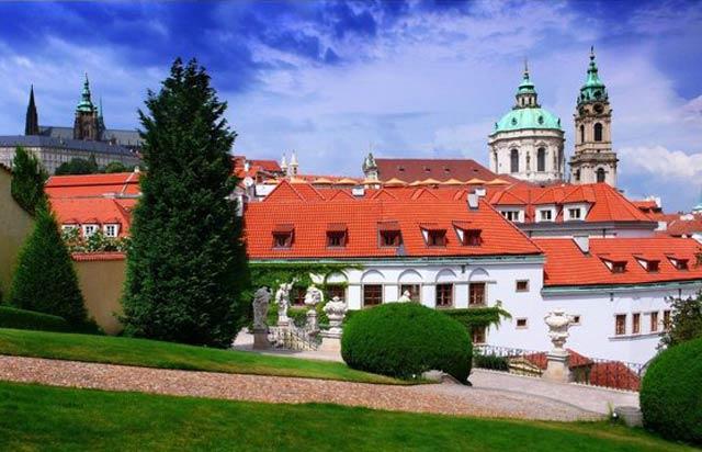 Прага летом самостоятельно, когда лучше ехать в Прагу, погода в Праге