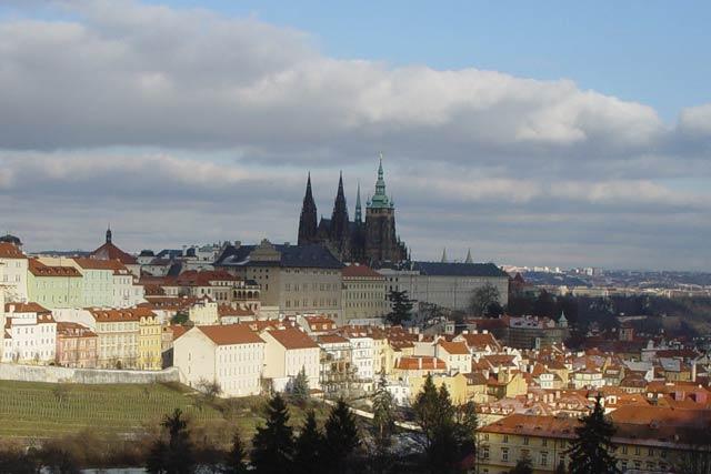 Обзорные площадки Праги: вид с холма Петршин