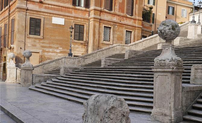 Испанская лестница открылась после реставрации