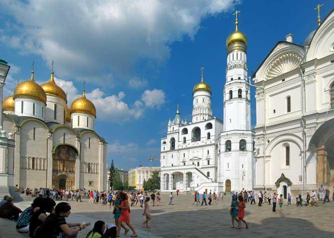 Кремль в Москве что посмотерть