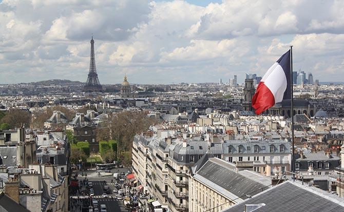 где лучше остановиться туристу в Париже - отели