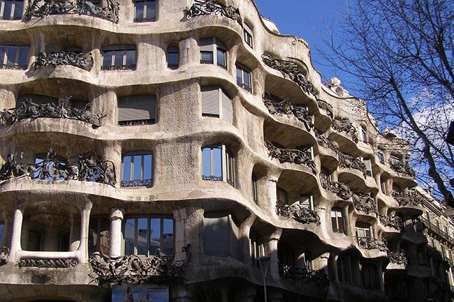 Дом Мила - Гауди Барселона аудиогид
