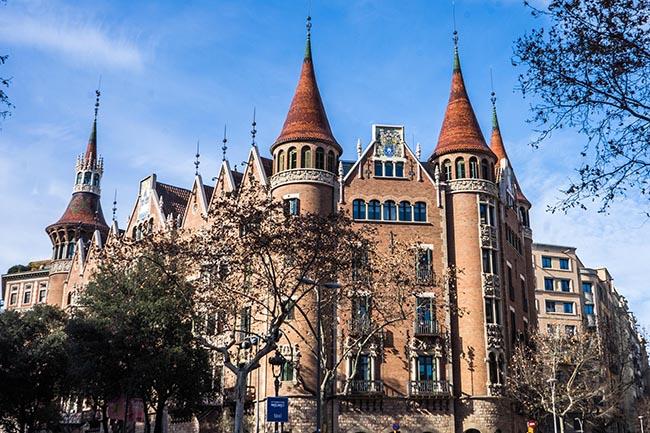 красивые дома путеводитель по Барселоне аудиогид