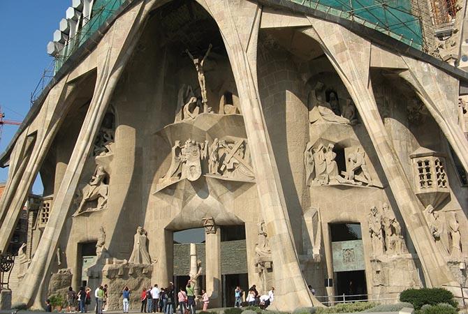 Саграда Фамилия - храм Святого Семейства