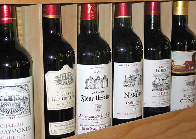 что попробовать в Париже - французское вино