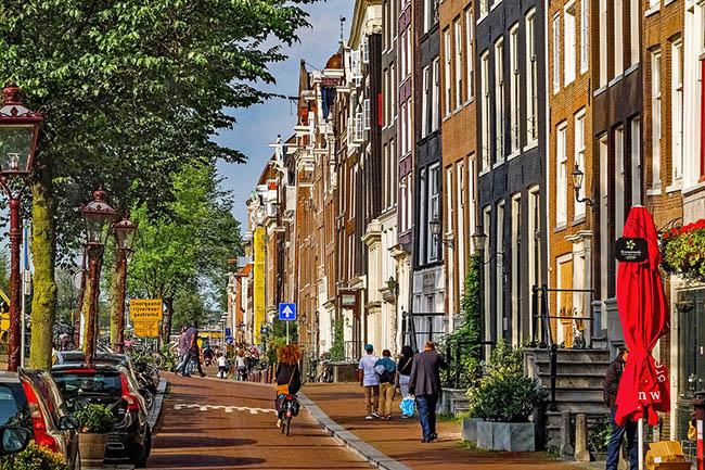 где остановиться в Амстердаме районы
