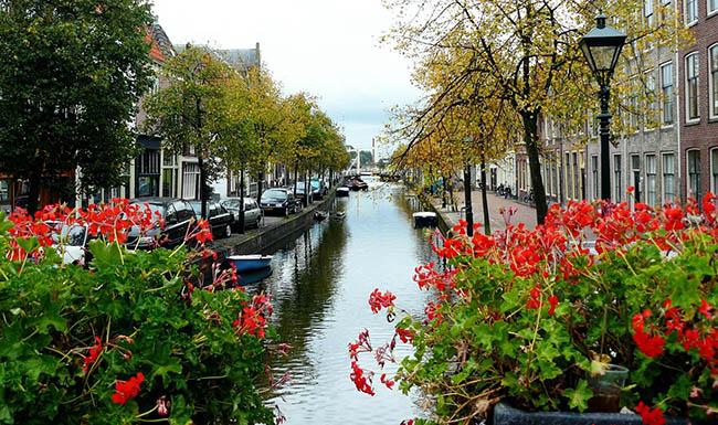 Амстердам канал Голландия